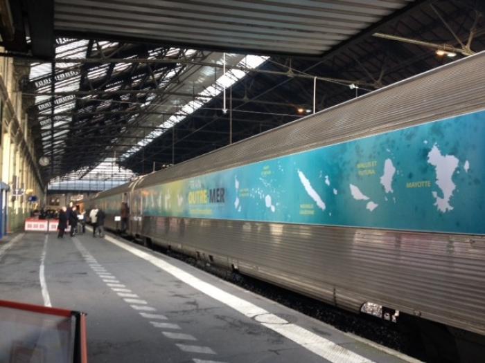 """Le """"Train des Outre-mer"""" sur les routes"""