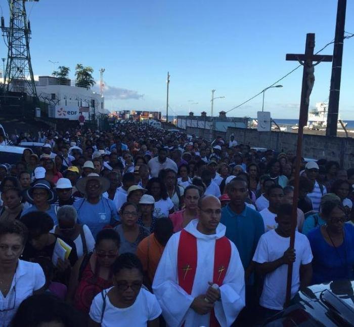 Les chemins de croix fin prêts pour vendredi saint
