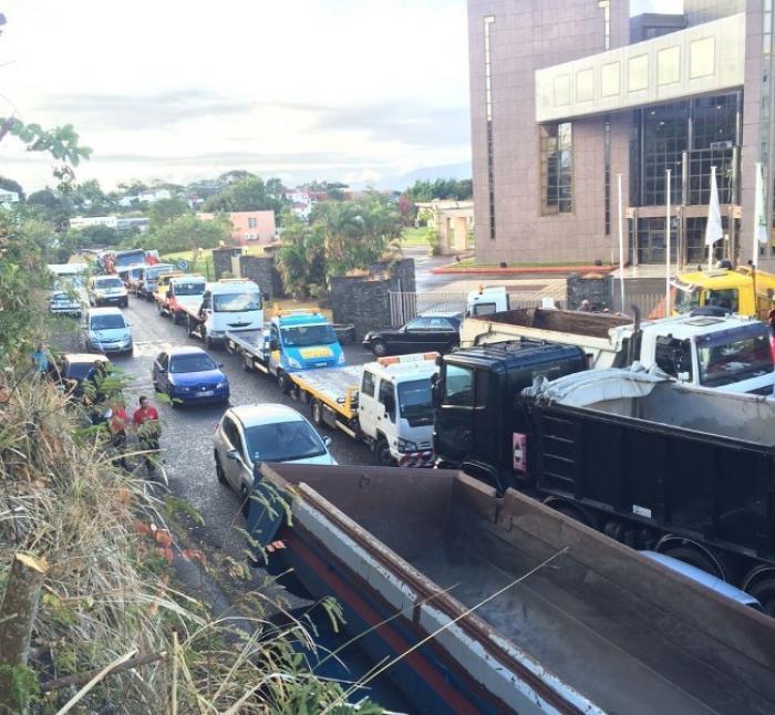Les transporteurs brandissent à nouveau la menace d'une grève