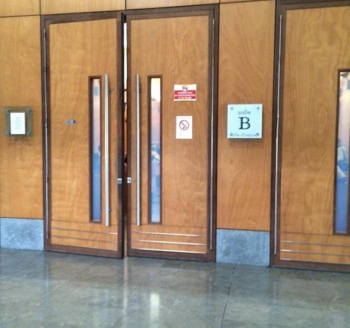 À la barre, une femme accuse Philippe Ponsar de l'avoir violée