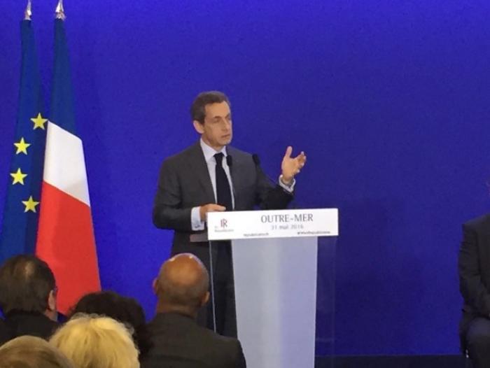 Nicolas Sarkozy attaque François Hollande sur sa politique en Outremer
