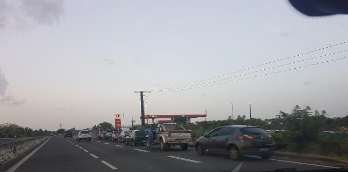 Pénurie de carburant dans les stations en Martinique