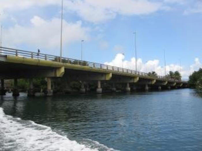 Ralentissement sur le pont de la Gabarre