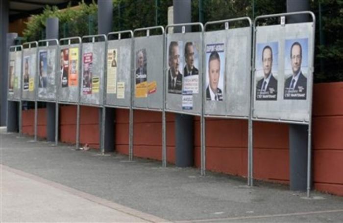 Régionales 2015 : Réunions, affichages, tracts quels moyens pour informer les électeurs ?