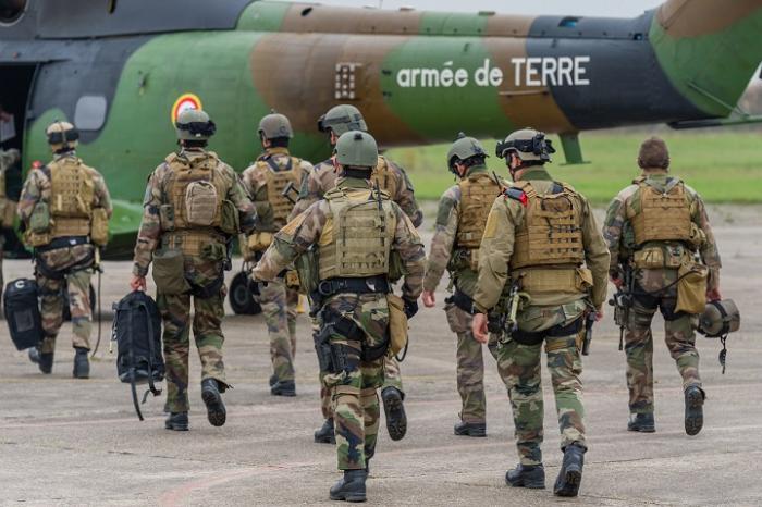 Treize jeunes guadeloupéens s'engagent dans l'armée