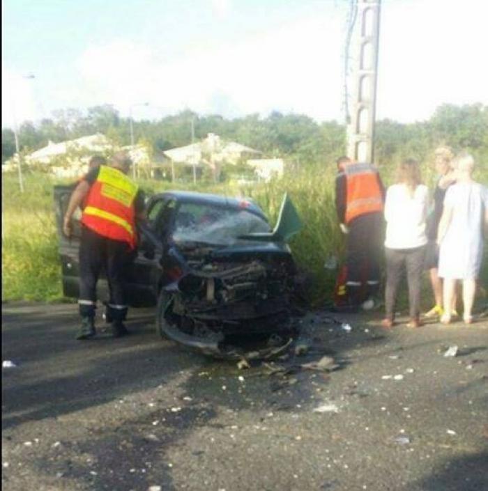 Un blessé grave dans un accident de la route aux Trois-Ilets