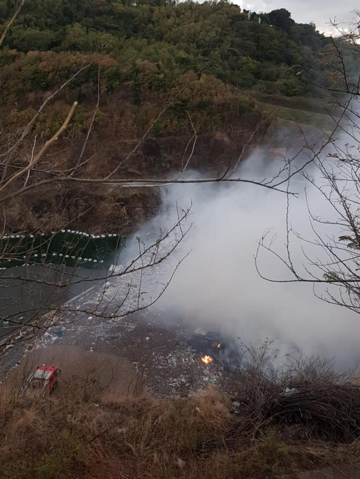 Un incendie au centre de traitement des déchets au Robert.
