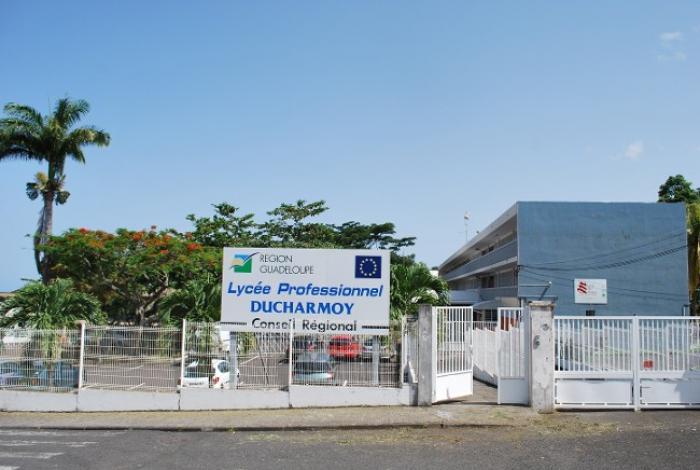 Un élève poignarde son camarade de classe à Saint-Claude