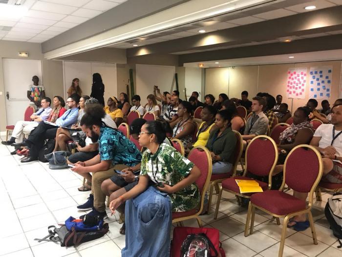 Un séminaire sur la jeunesse, la culture et l'engagement