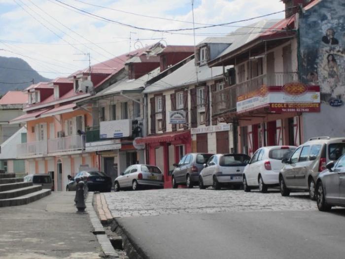 Une mise au point sur la tarification du parking de Basse-Terre