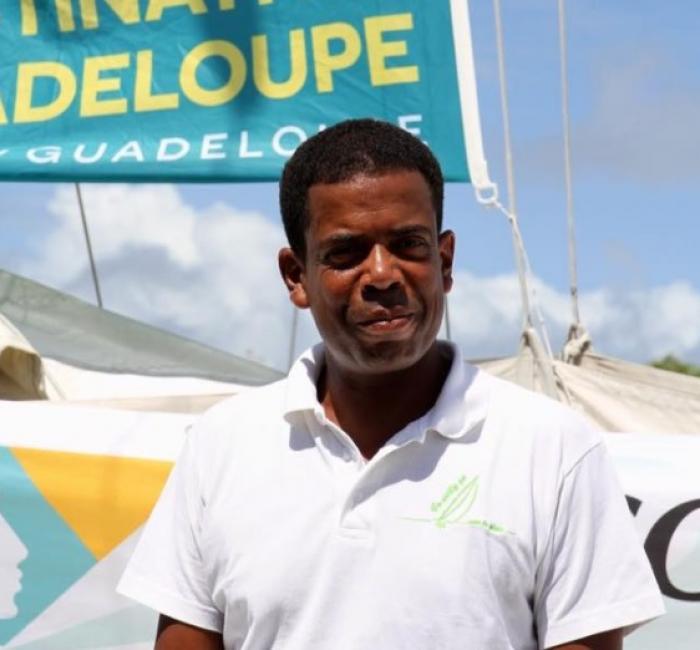 Willy Bissainte secouru, son bateau remorqué